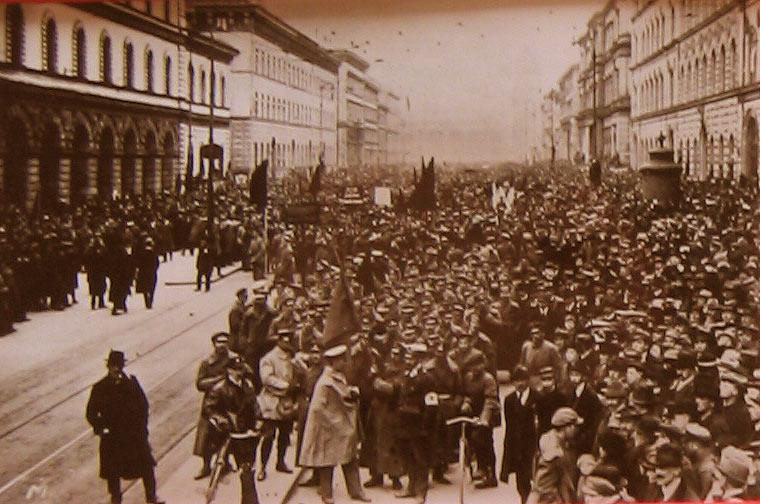 Truppenschau der Roten Armee April 1919